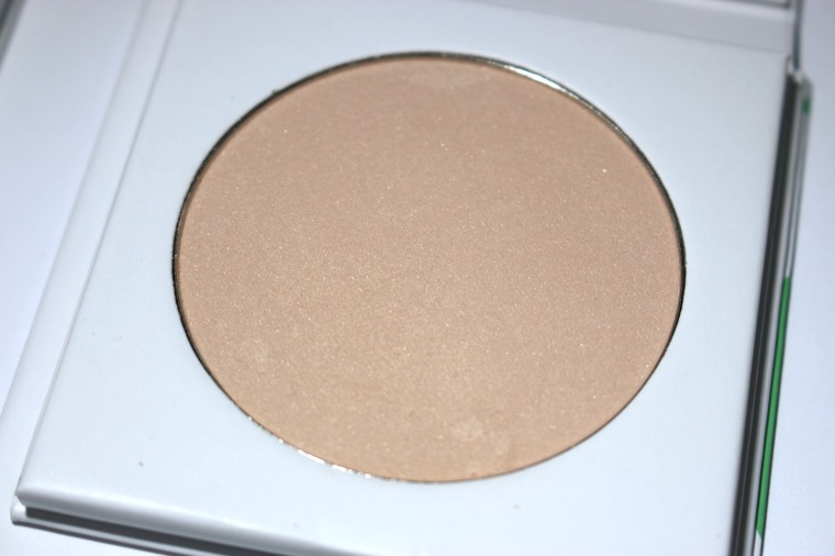 PHB Mineral Finishing Powder
